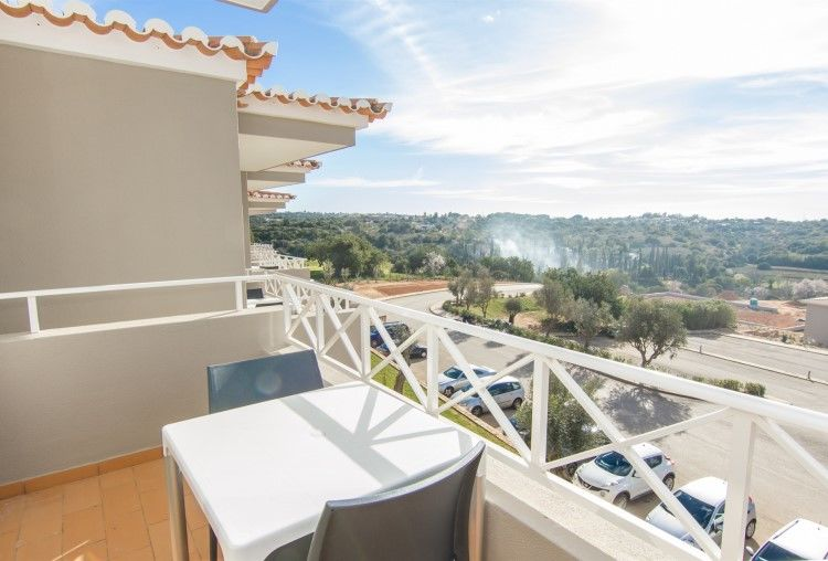 Fully furnished studio apartment located just outside of Carvoeiro.