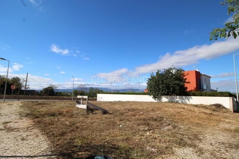 Lote de terreno com 200m2 Vale Lagar/ Bemposta Portimão - viabilidade de construção, bons acessos