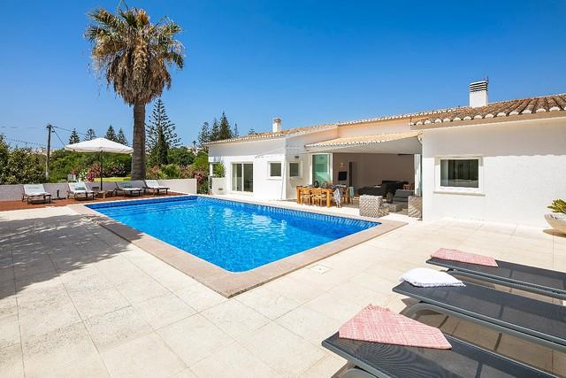 Casa Pelargonios