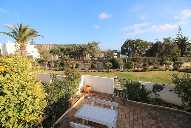 Apartamento T2 Praia da Luz Lagos - piscina, jardim, varanda
