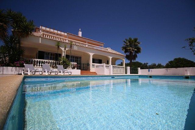 Moradia Típica V3 Atalaia Santa Maria Lagos - piscina, varanda, lareira