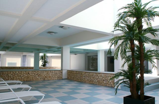 1000009234_indoor_pool_3.jpg