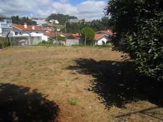 Moradia V3 Escapães Santa Maria da Feira - garagem