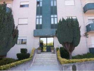 Apartamento T3 São Roque Oliveira de Azeméis - lugar de garagem, varandas