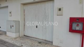 Garagem box com 23m2 Praia da Rocha Portimão