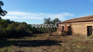 Quinta/Herdade com casa Vale da Água Aljezur - água da rede, sobreiros, electricidade