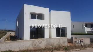 Vivenda V4 em construção Espartal Aljezur - terraços, piscina, garagem