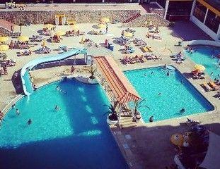1000011407_piscina1.jpg