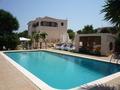 Moradia V3 no campo Silves - parqueamento, ar condicionado, cozinha equipada, piscina, terraço, bbq, bonita vista, jardim