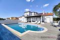À venda Moradia V4 Quelfes Olhão - sauna, terraço, piscina, jardim, bbq, ar condicionado