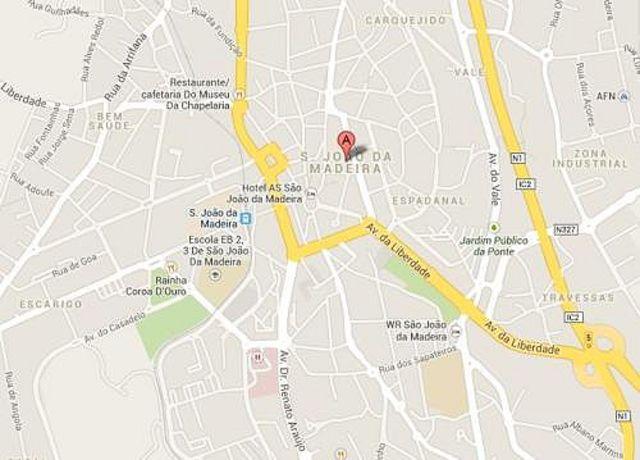Terreno com 1900m2 Pedras Milheirós de Poiares Santa Maria da Feira - excelente localização