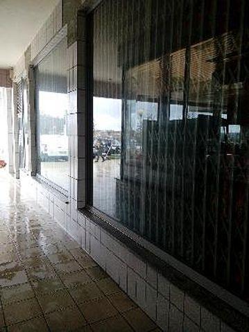 Loja Lobão Santa Maria da Feira - wc, montra