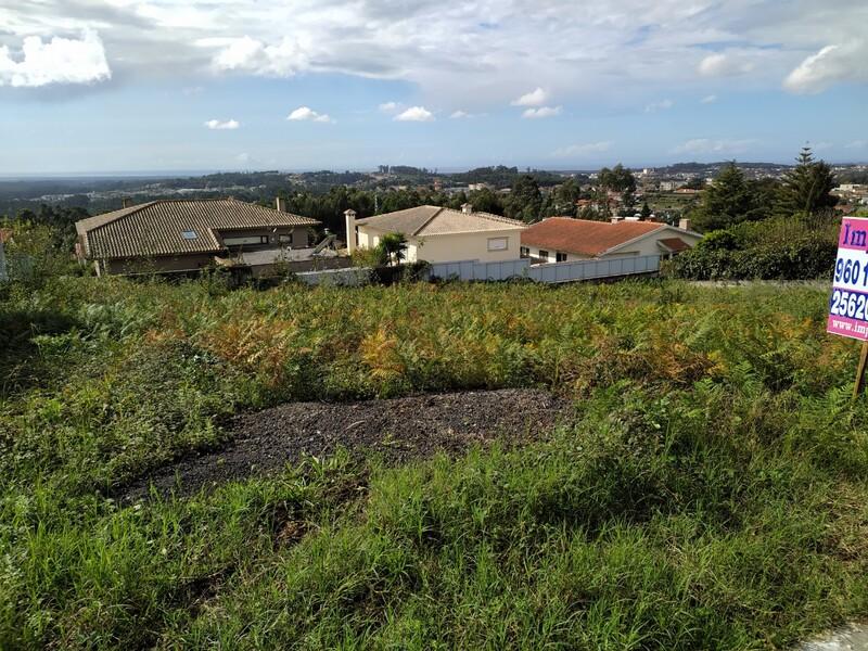 Land with 800sqm Escapaes Escapães Santa Maria da Feira - easy access, sea view