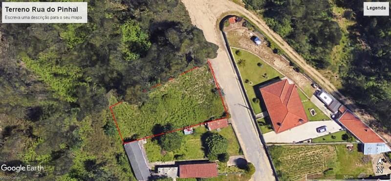 Land with 700sqm Escapães Santa Maria da Feira - construction viability