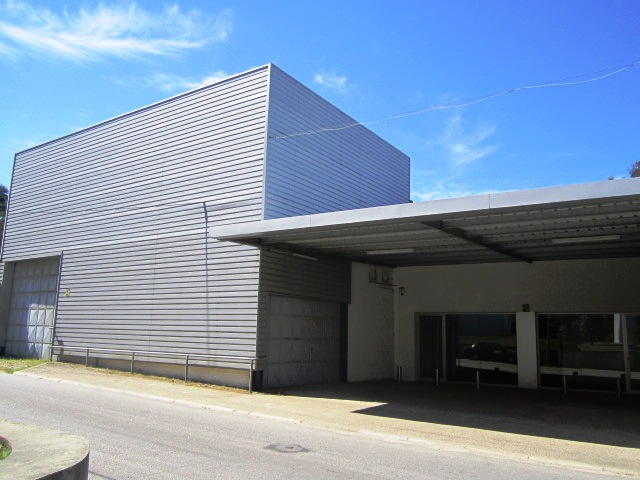 Warehouse with 1100sqm Escariz Arouca