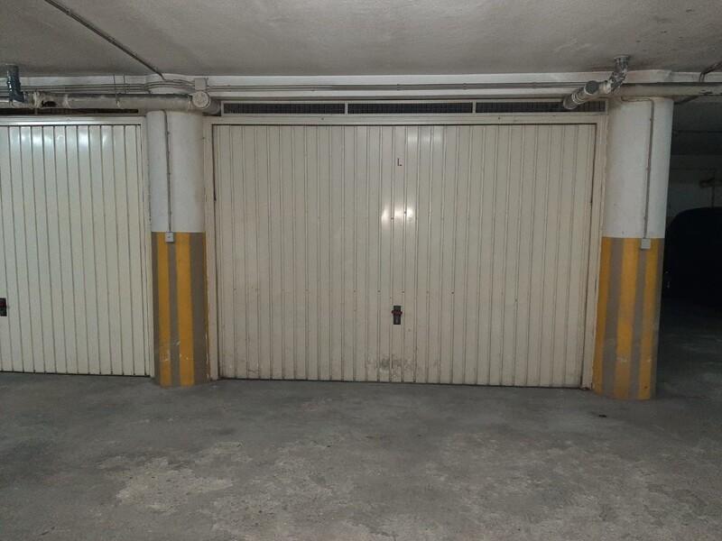 Garagem Fechada com 51m2 S.J.Madeira São João da Madeira - arrumos, boa localização