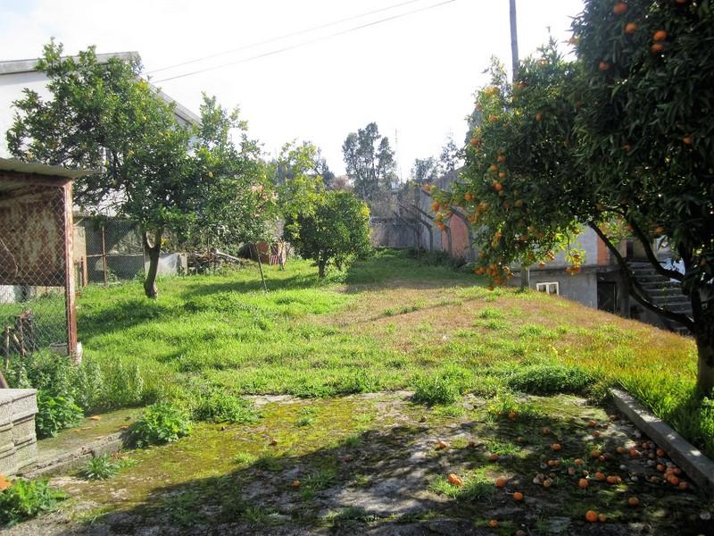 Moradia Antiga V3 São Roque Oliveira de Azeméis - garagem, jardim, lareira