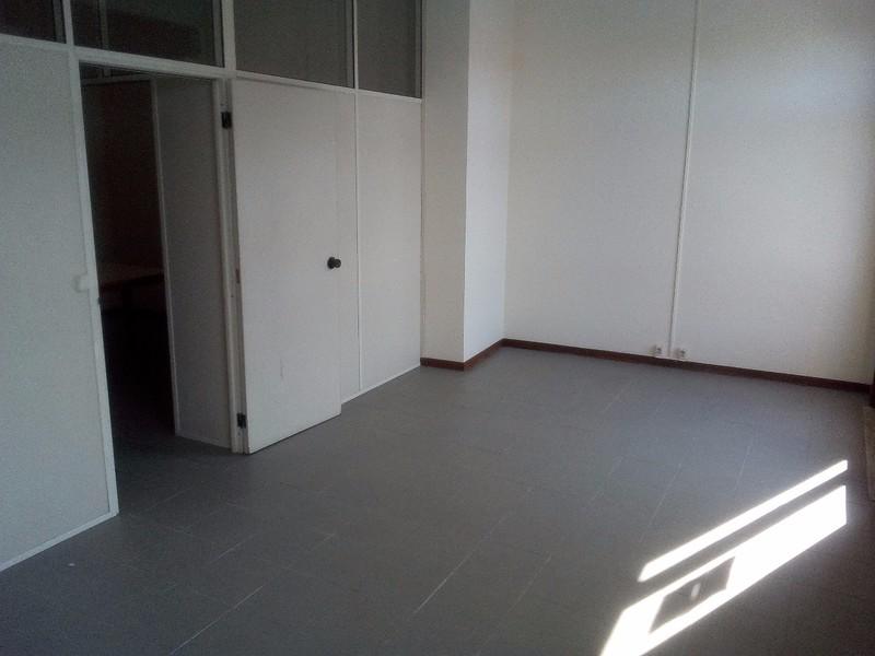 Office São João da Madeira - air conditioning, internet