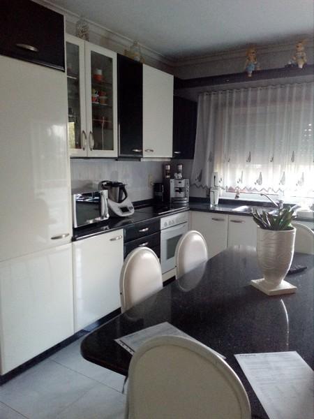 Apartamento T2 Cesar Oliveira de Azeméis - condomínio fechado, varandas, jardins, cozinha equipada, lareira, parque infantil, garagem