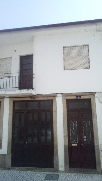 Apartamento bem localizado T3 Ovar - 1º andar, sótão