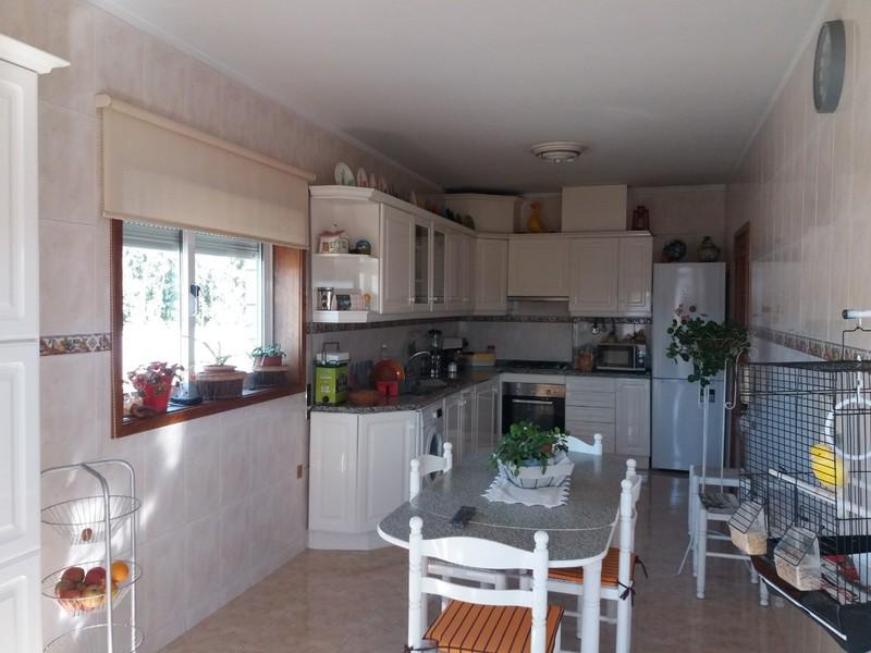 Apartamento T3 Milheirós de Poiares Santa Maria da Feira - garagem, varanda, terraço, cozinha equipada, lareira