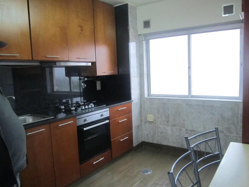 Apartamento T1 São João da Madeira - cozinha equipada, mobilado