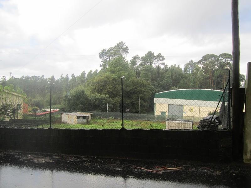 Lote de terreno com 900m2 Pindelo Oliveira de Azeméis - poço