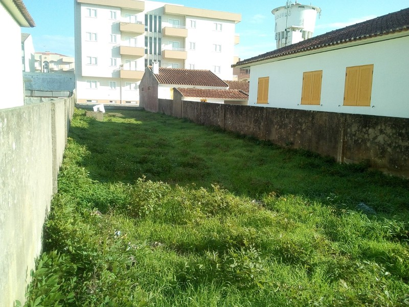 Land with 240sqm Furadouro Ovar