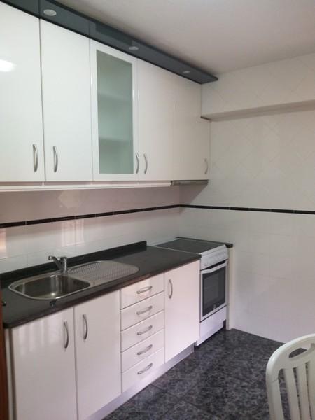 Apartamento bem localizado T3 Arrifana Santa Maria da Feira - garagem, varandas