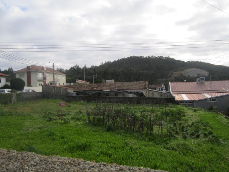Terreno com 820m2 Nogueira do Cravo Oliveira de Azeméis