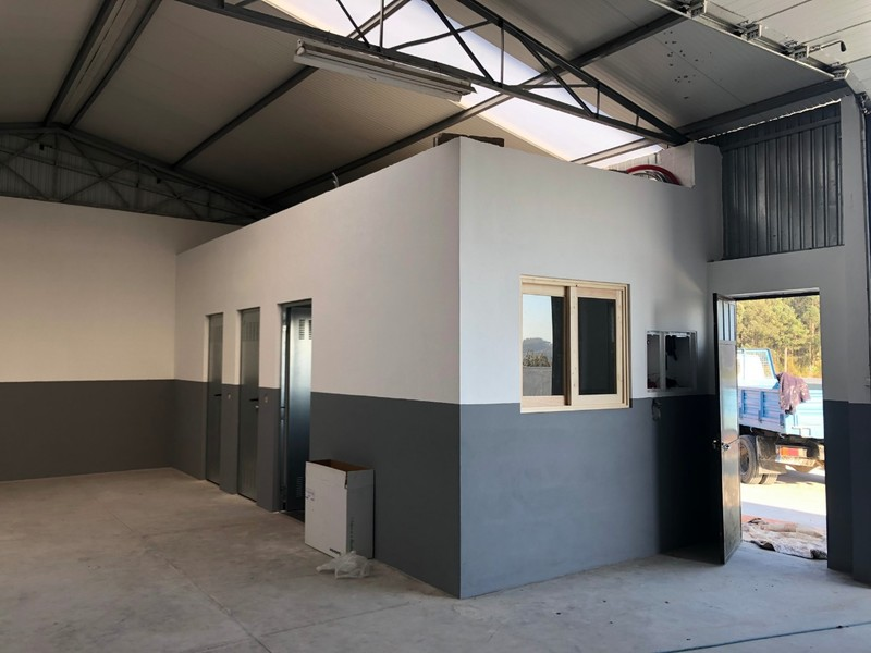 Warehouse with 210sqm Feira Santa Maria da Feira - toilet