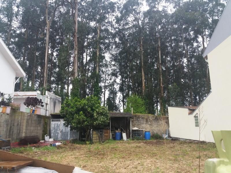 Terreno com 270m2 Vilar do Paraíso Vila Nova de Gaia - garagem