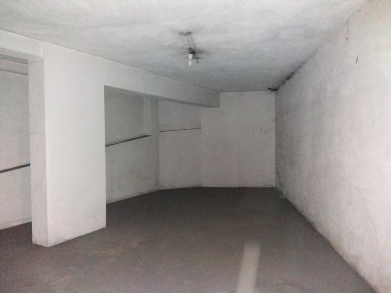 Lugar de garagem com 12m2 São João da Madeira