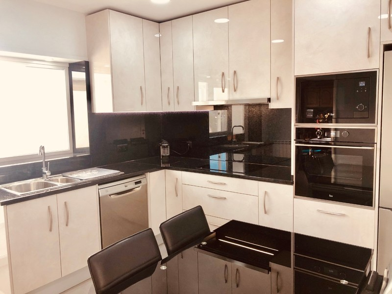 Apartment T3 As new São João da Madeira - marquee, air conditioning, parking space, kitchen, double glazing, boiler, central heating, garage, equipped