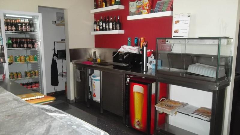 Restaurant Equipped well located Feira Santa Maria da Feira - kitchen, wc, alarm, garage