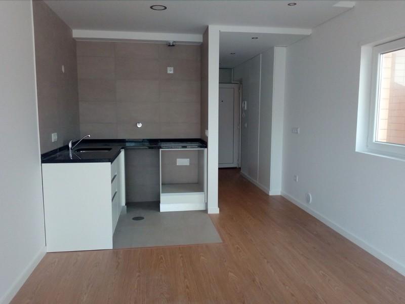 Apartamento novo T2 Furadouro Ovar - lugar de garagem, varandas, ar condicionado, 1º andar, 2º andar