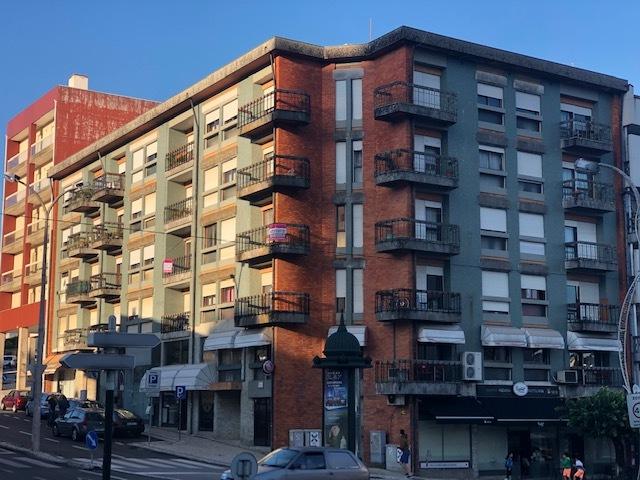 Edifício em zona central São João da Madeira
