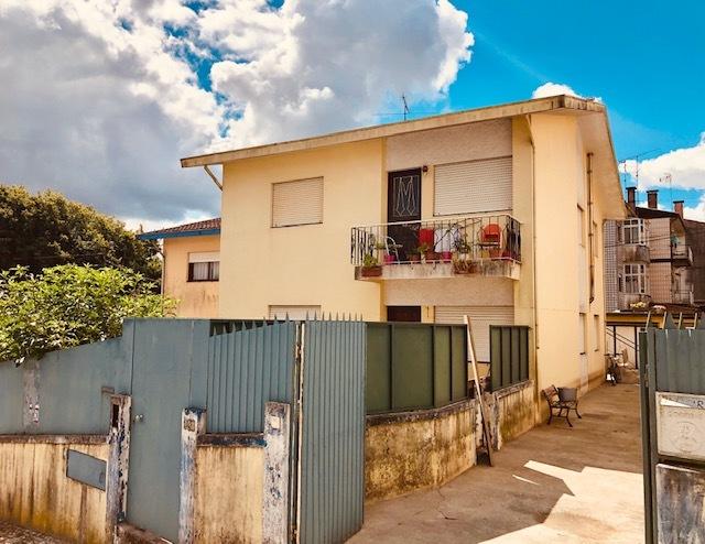 Apartamento T2 Parrinho São João da Madeira - garagem, zona calma