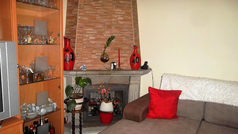Apartamento T3 em bom estado Oliveira de Azeméis - garagem, cozinha equipada, lareira, vidros duplos, ar condicionado