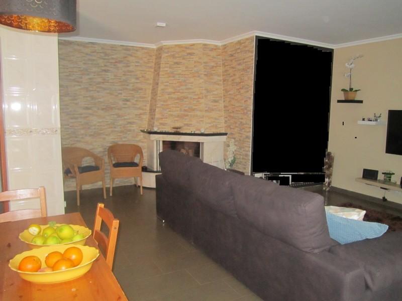 Apartamento T3 Como novo Romariz Santa Maria da Feira - ar condicionado, marquise, lareira, varanda