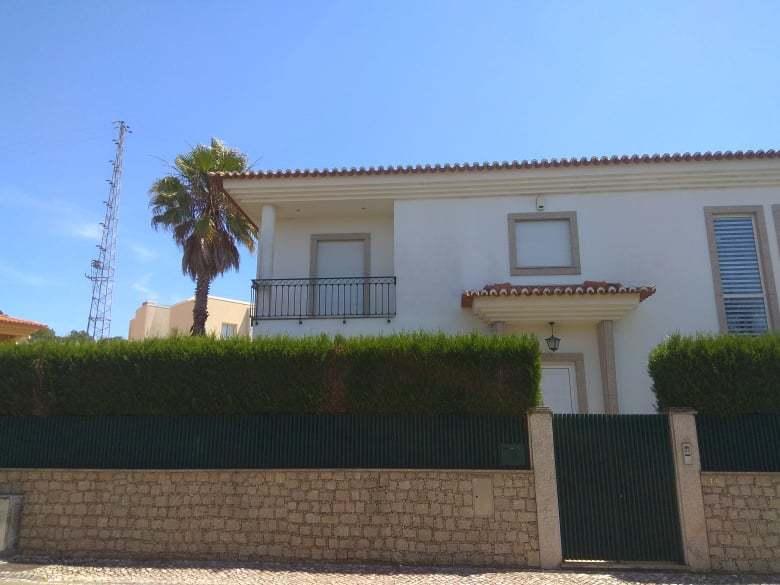 жилой дом V3 São João da Madeira - центральное отопление, сады, экипированная кухня