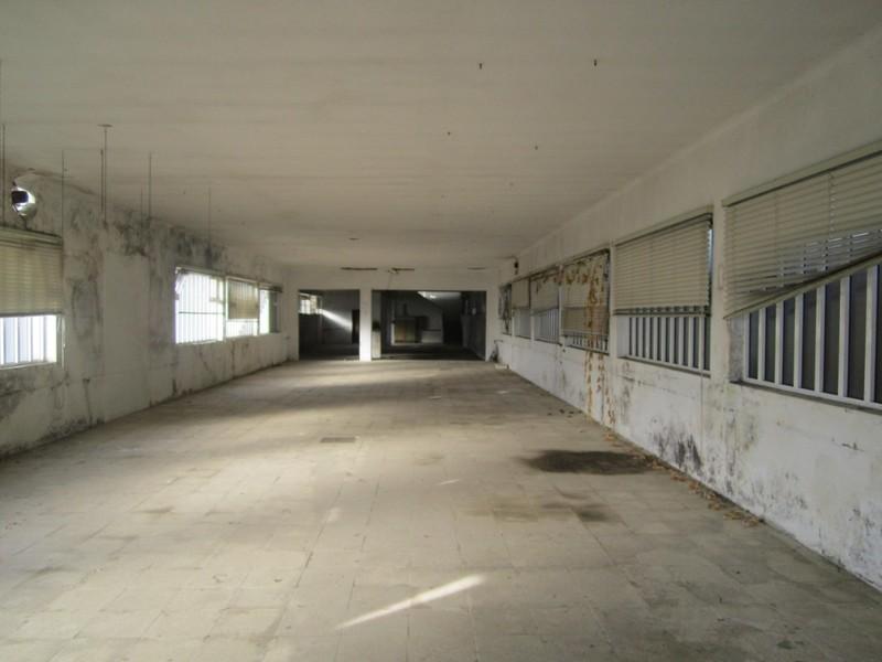 Warehouse with 266sqm São Roque Oliveira de Azeméis - toilet