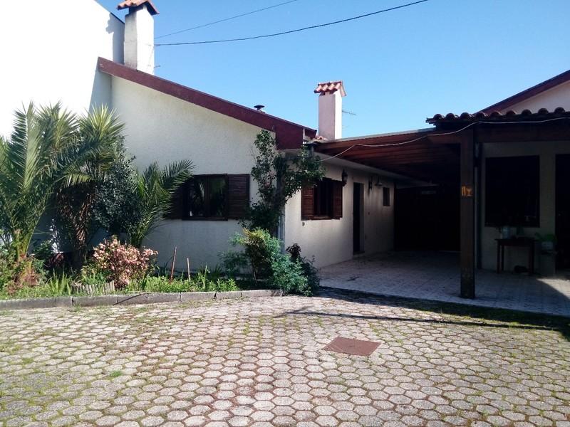 Home V4 Cortegaça Ovar - garage, fireplace