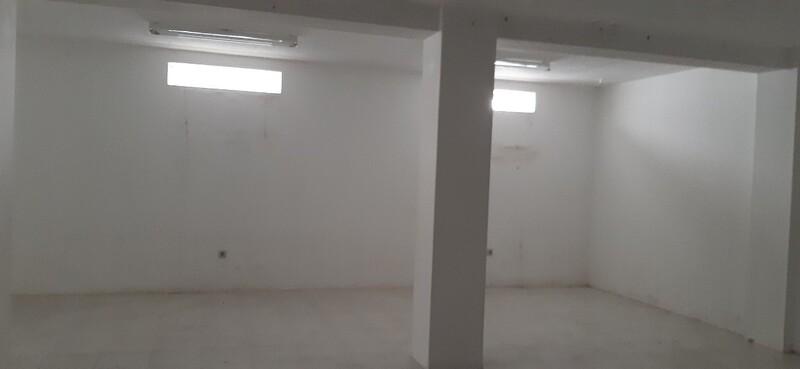Shop with basement Vila de Cucujães Oliveira de Azeméis - wc, storefront