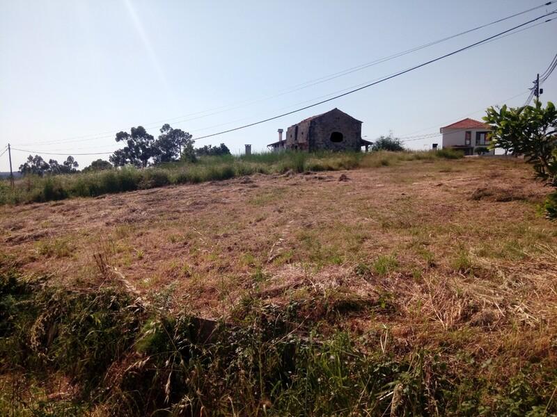 Land with 1996sqm Mosteirô Santa Maria da Feira