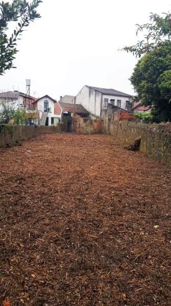 Moradia V0 para reconstruir Oliveira de Azeméis - excelente localização