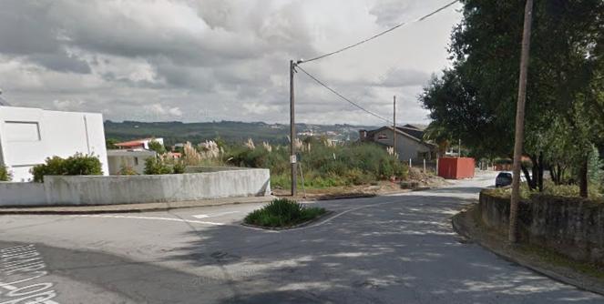 земля c 710m2 Feira Santa Maria da Feira - хорошая локализация