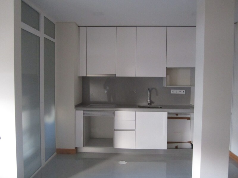 Apartamento T1 novo bem localizado Espinho - aquecimento central, cozinha equipada, lugar de garagem, ar condicionado, equipado, varanda