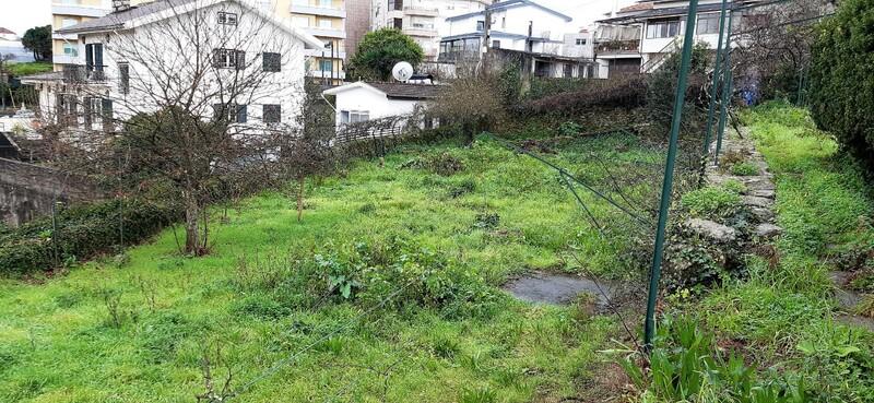 Land with 1400sqm Oliveira de Azeméis