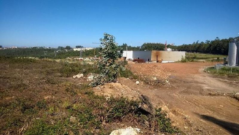 Terreno Urbano com 54913m2 Sanfins - Santa Maria da Feir Santa Maria da Feira - bons acessos